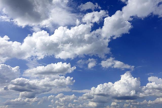 clouds-3488632_640