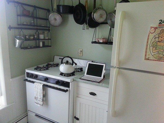kitchen-610736_640