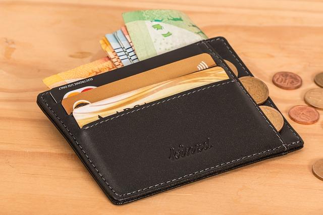 wallet-2668577_640